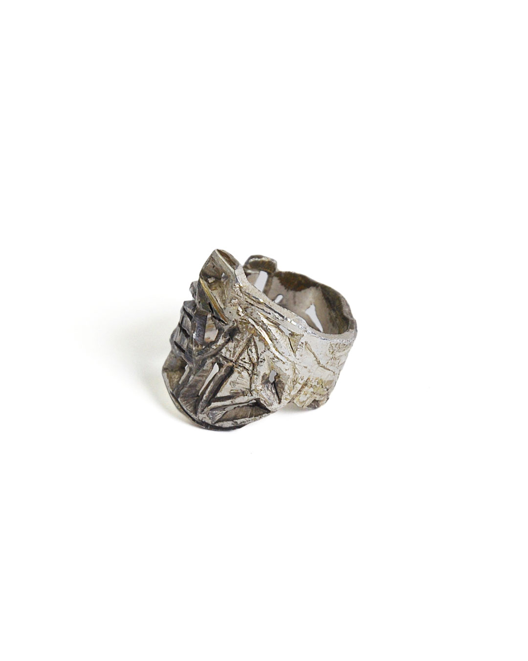 Rudolf Kocéa, untitled, 2014, ring; silver alloy, ø 22 x 23 mm, €680