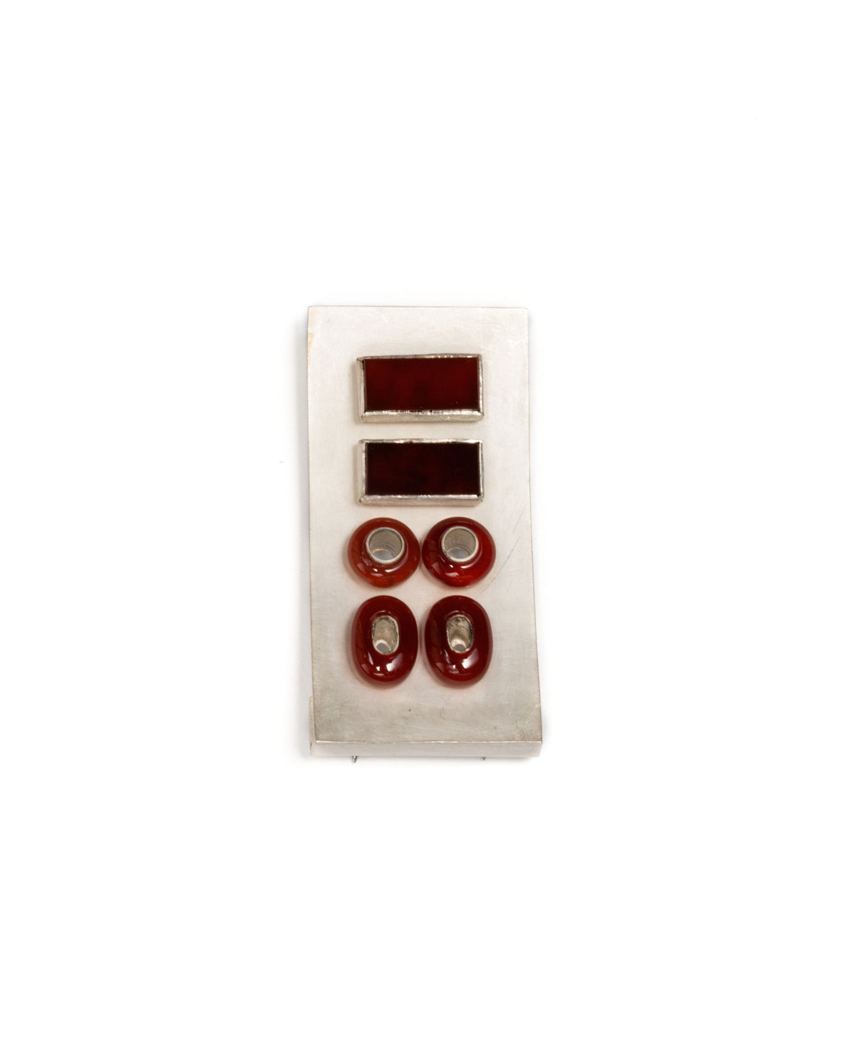 Winfried Krüger, untitled, 2003, brooch; silver, carnelian, 65 x 35 mm, €2180