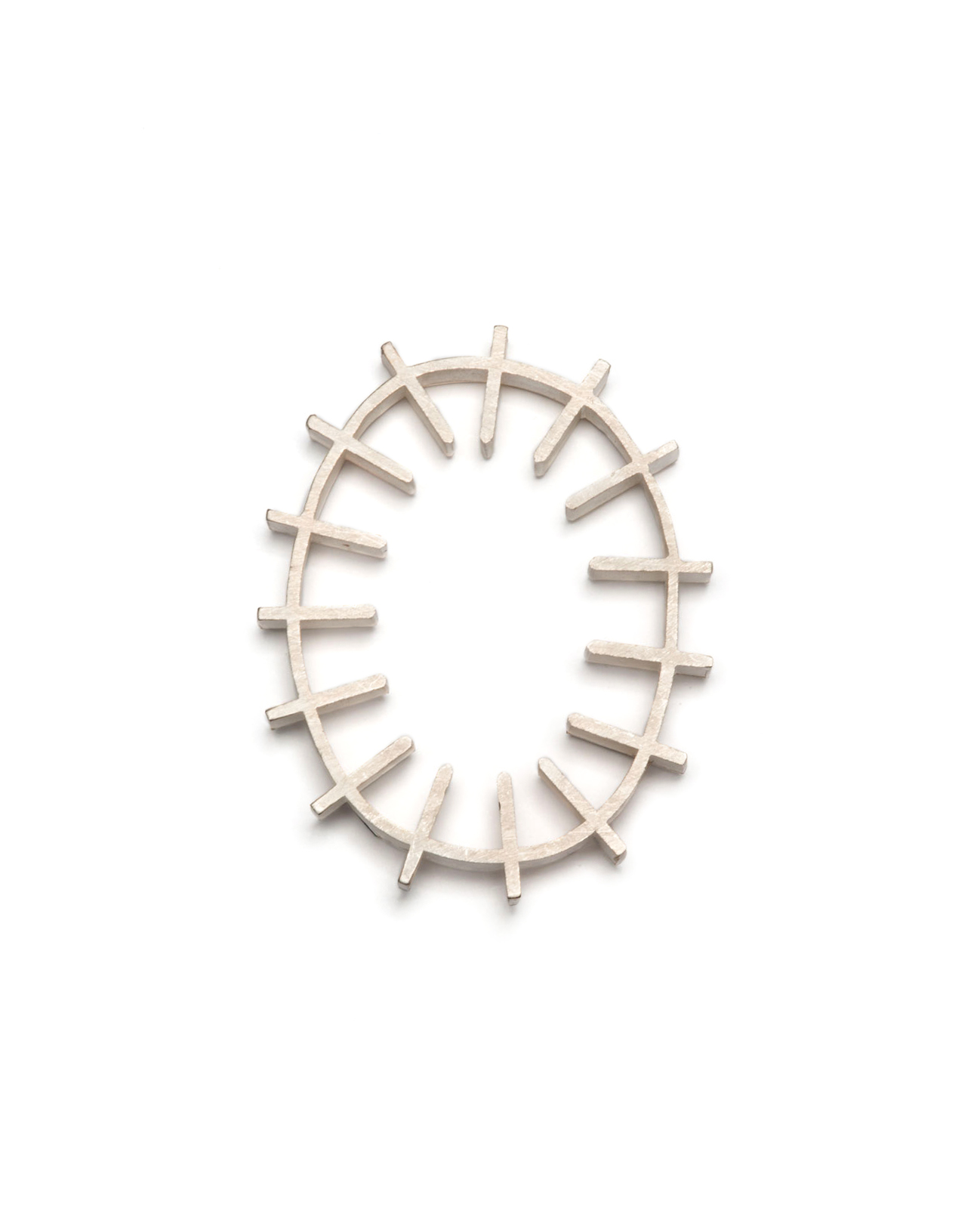 Winfried Krüger, untitled, 2003, brooch; silver, 85 x 65 mm, €875