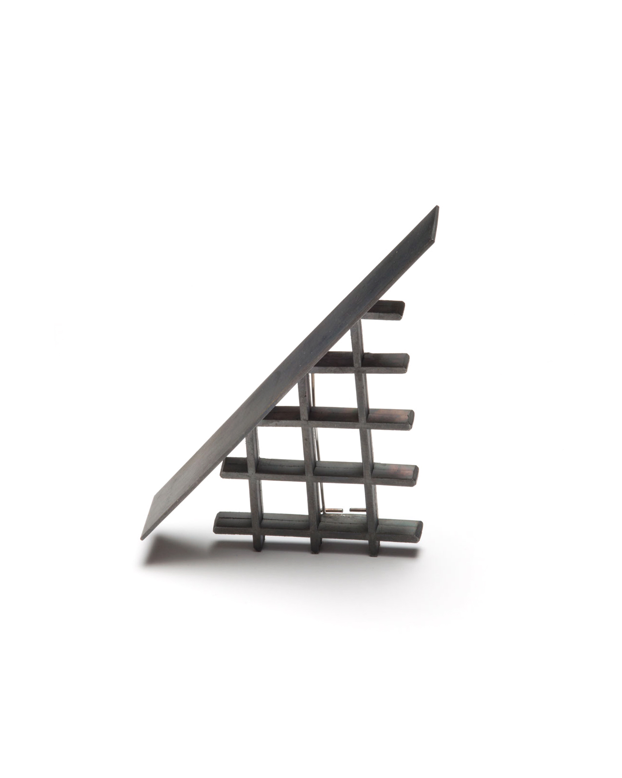 Winfried Krüger, untitled, 2003, brooch; oxidised silver, 100 x 50 mm, €875