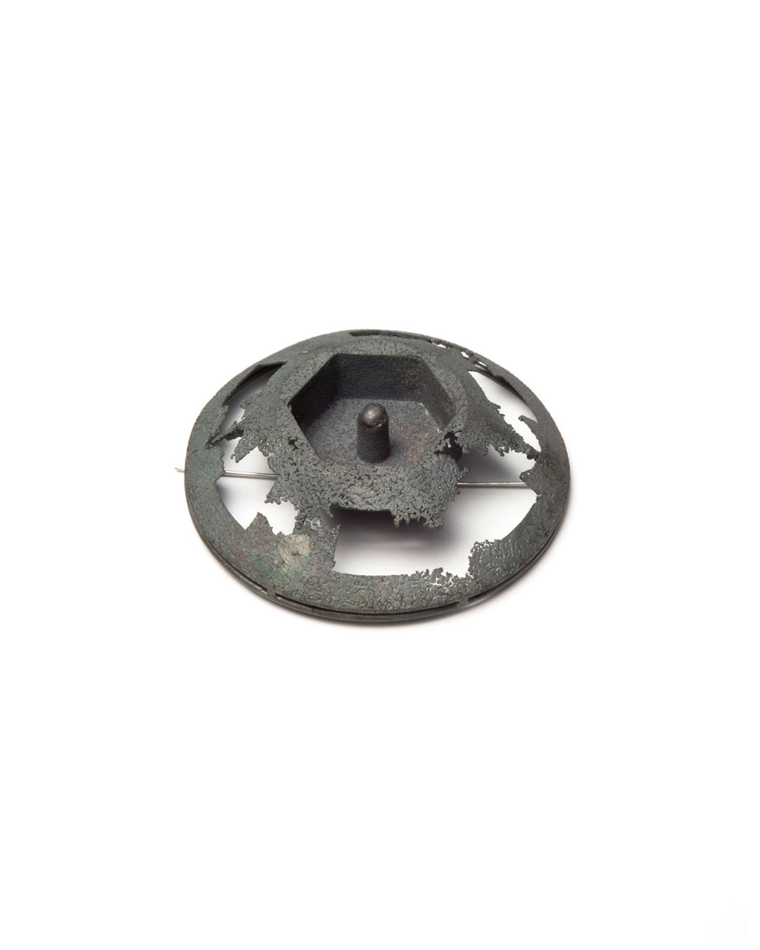 Winfried Krüger, untitled, 2008, brooch; oxidised silver, 90 x 90 mm, €1455