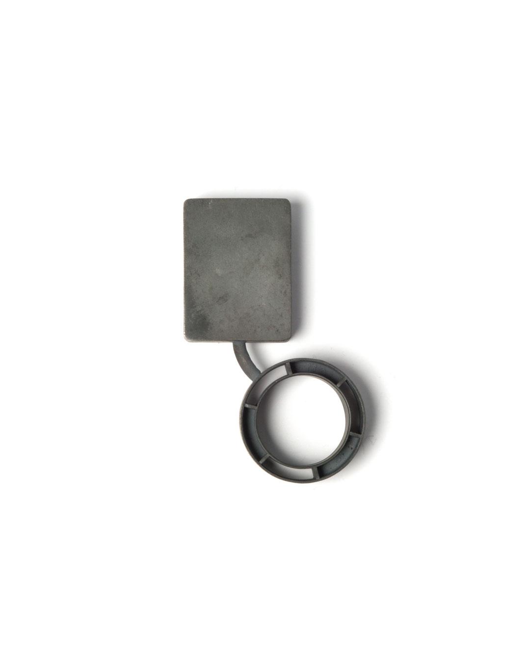 Winfried Krüger, untitled, 2010, brooch; oxidised silver, glass, 95 x 50 mm, €1940