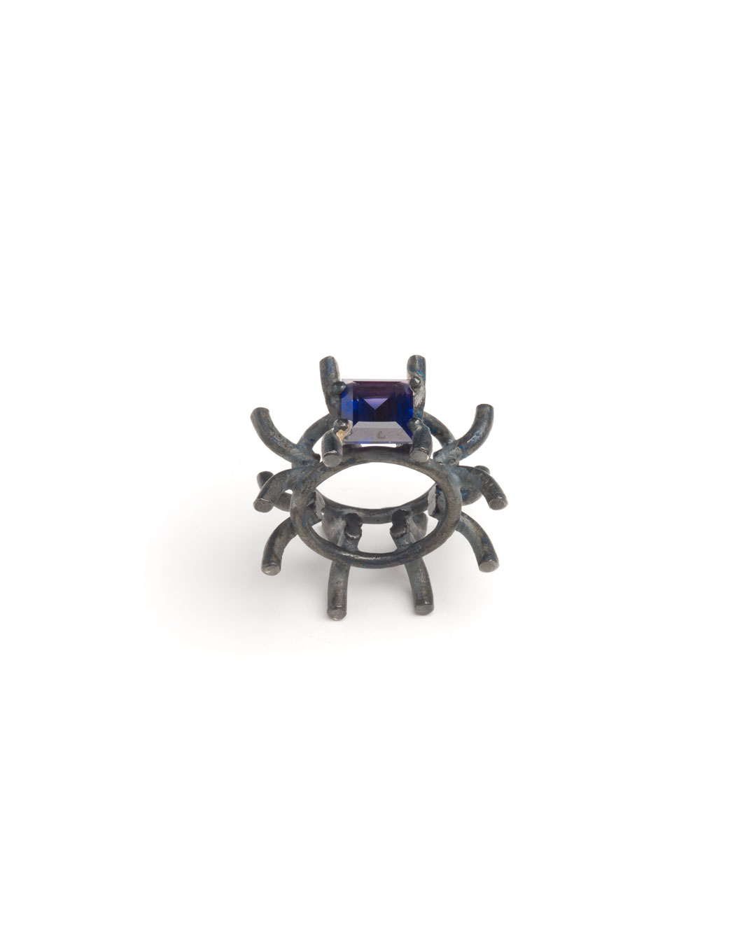 Winfried Krüger, untitled, 1996, ring; oxidised silver, glass, ø 40 mm, €970