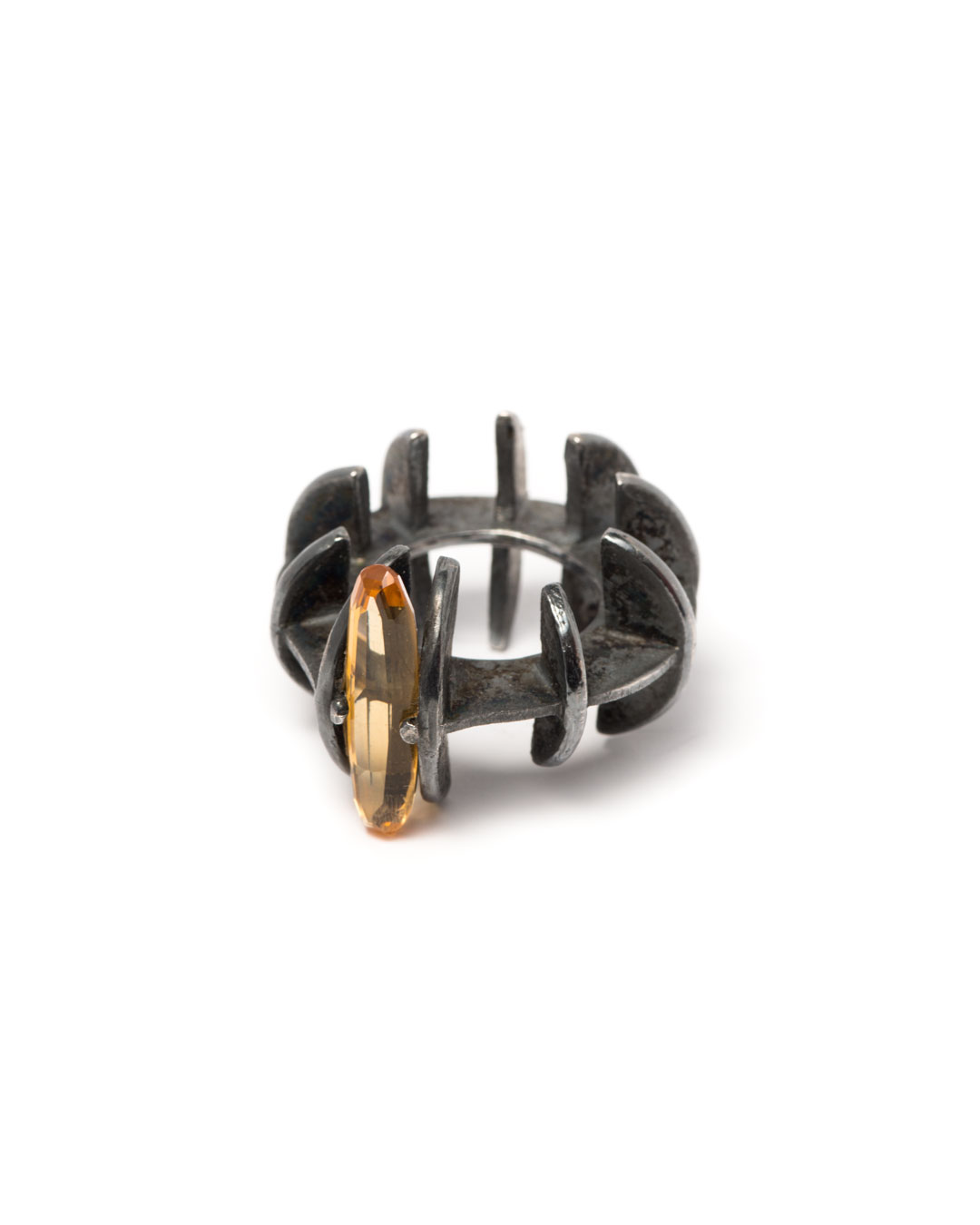 Winfried Krüger, untitled, 1996, ring; silver, citrine, ø 40 mm, €730