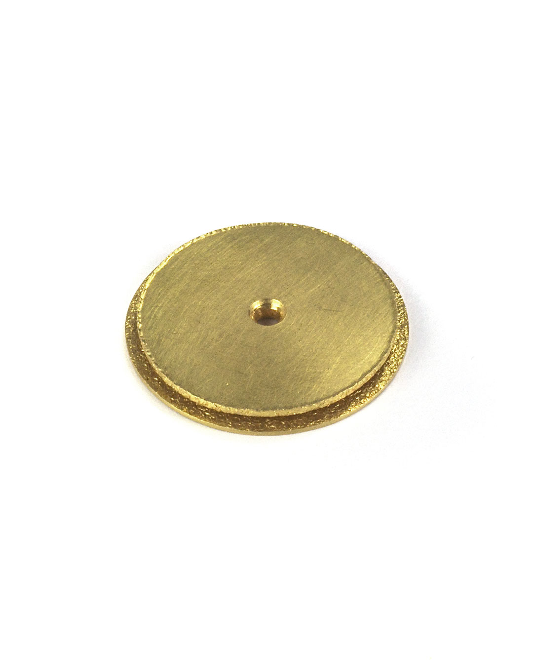 Okinari Kurokawa, untitled, 2002, pendant; 20ct gold, ø 21 x 3 mm, €980