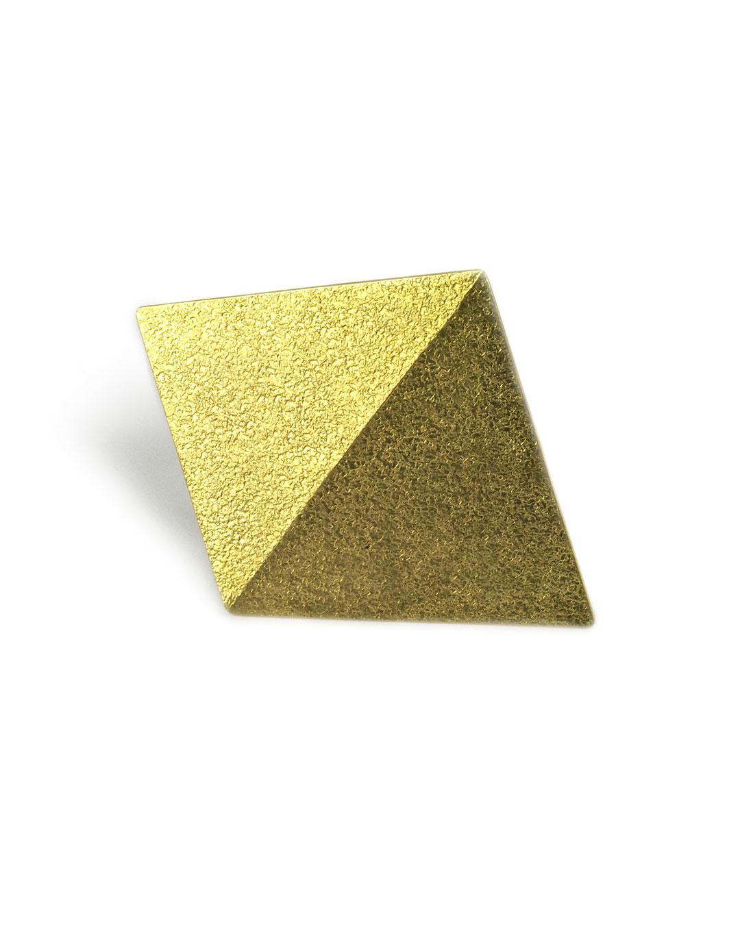Okinari Kurokawa, untitled, 2007, brooch; 20ct gold, stainless steel, 45 x 56 x 5 mm, €1700