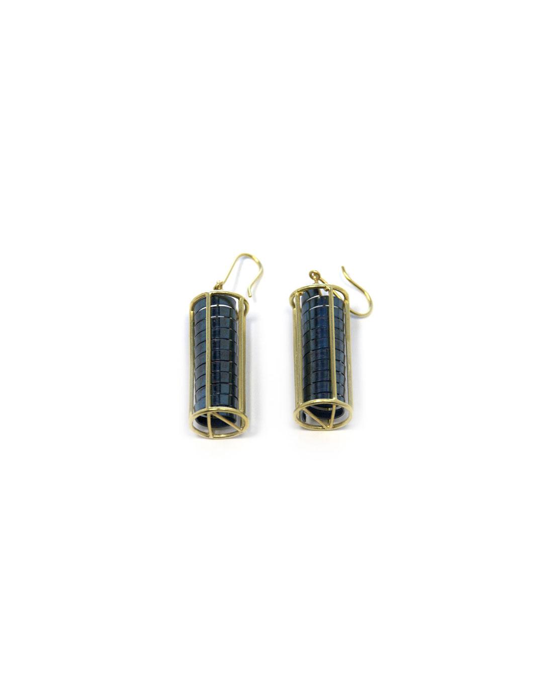 Okinari Kurokawa, untitled, 2013, earrings; 18ct gold, stainless steel, 39 x 13 x 13 mm, €1450