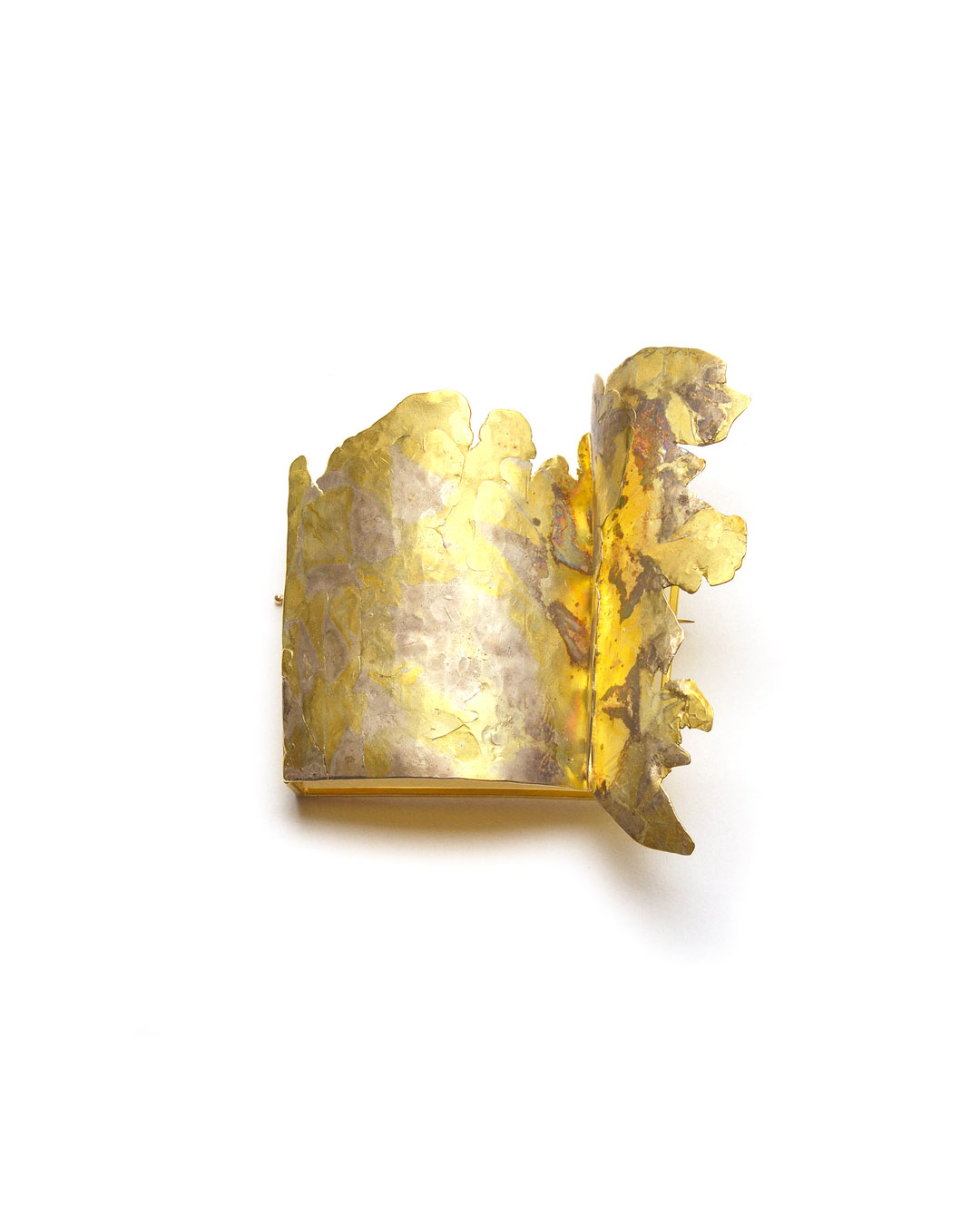 Stefano Marchetti, untitled, 2004, brooch; gold, silver, 60 x 60 x 25 mm, €8500