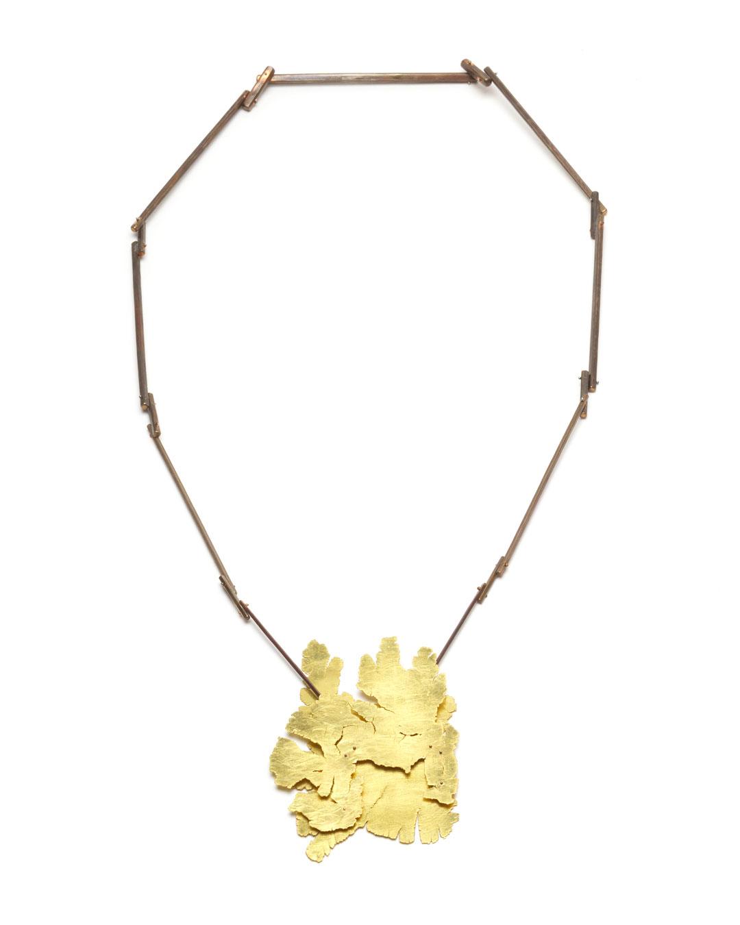 Stefano Marchetti, untitled, 2018, pendant; gold, shibuichi, 430 x 180 x 18 mm, price on request