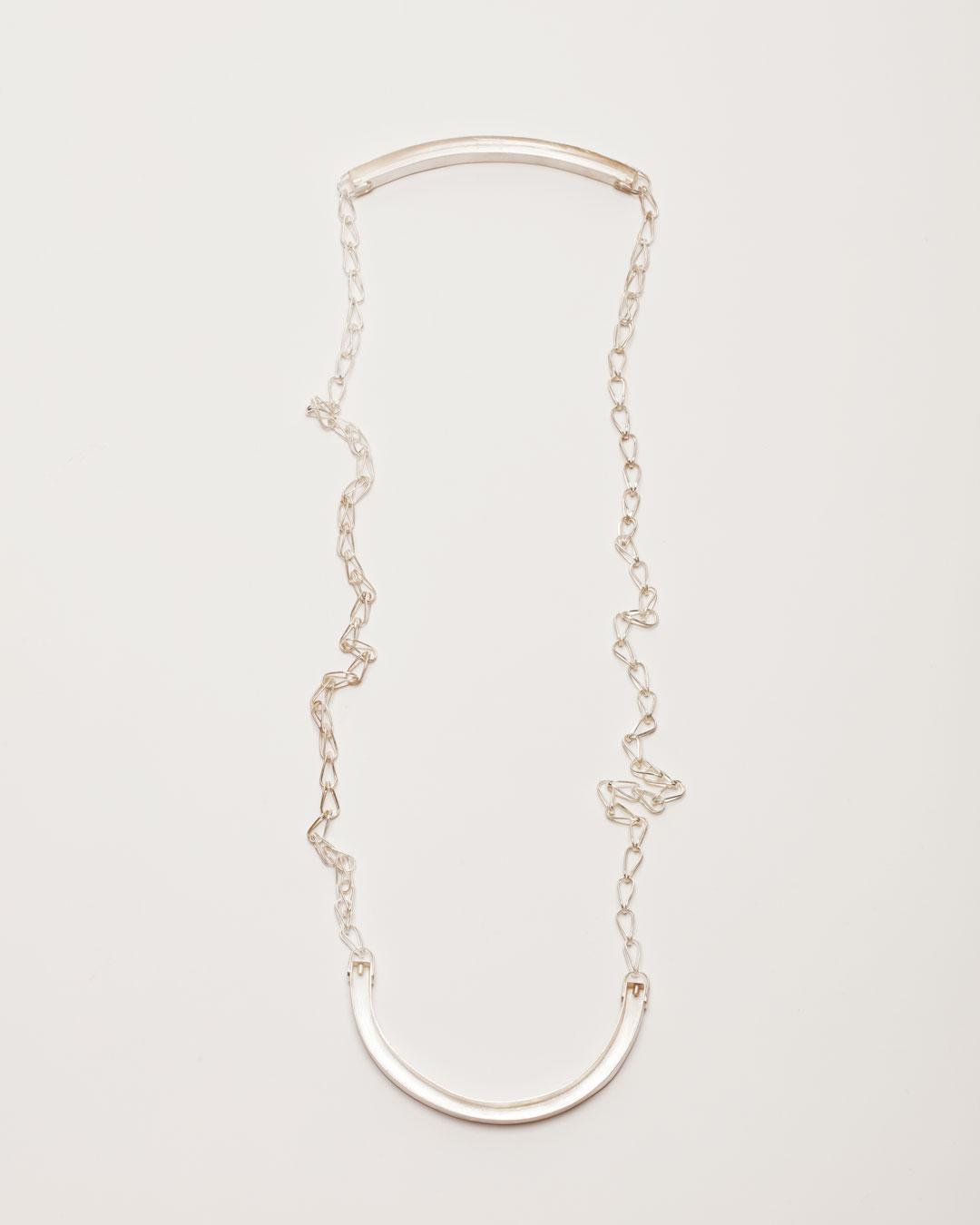 Christine Matthias, untitled, 2016, necklace; silver, L 1250 mm, €2550
