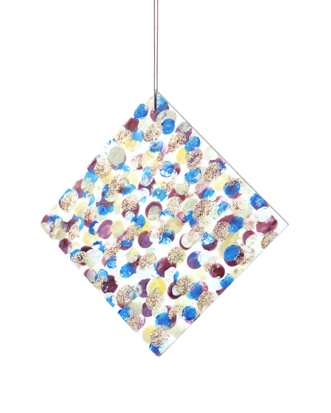 Julia Walter, Camouflage, 2014, pendant; Galalith, paint, cotton string, 200 x 200 x 5 mm, €1550