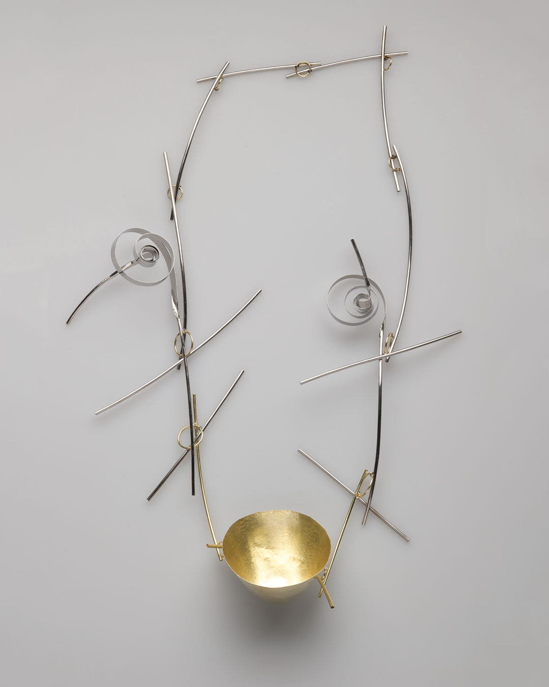 Andrea Wippermann, Japanischer Garten I (Japanese Garden I), 2011, necklace; gold, high-grade steel, 360 x 210 x 50 mm, €4600