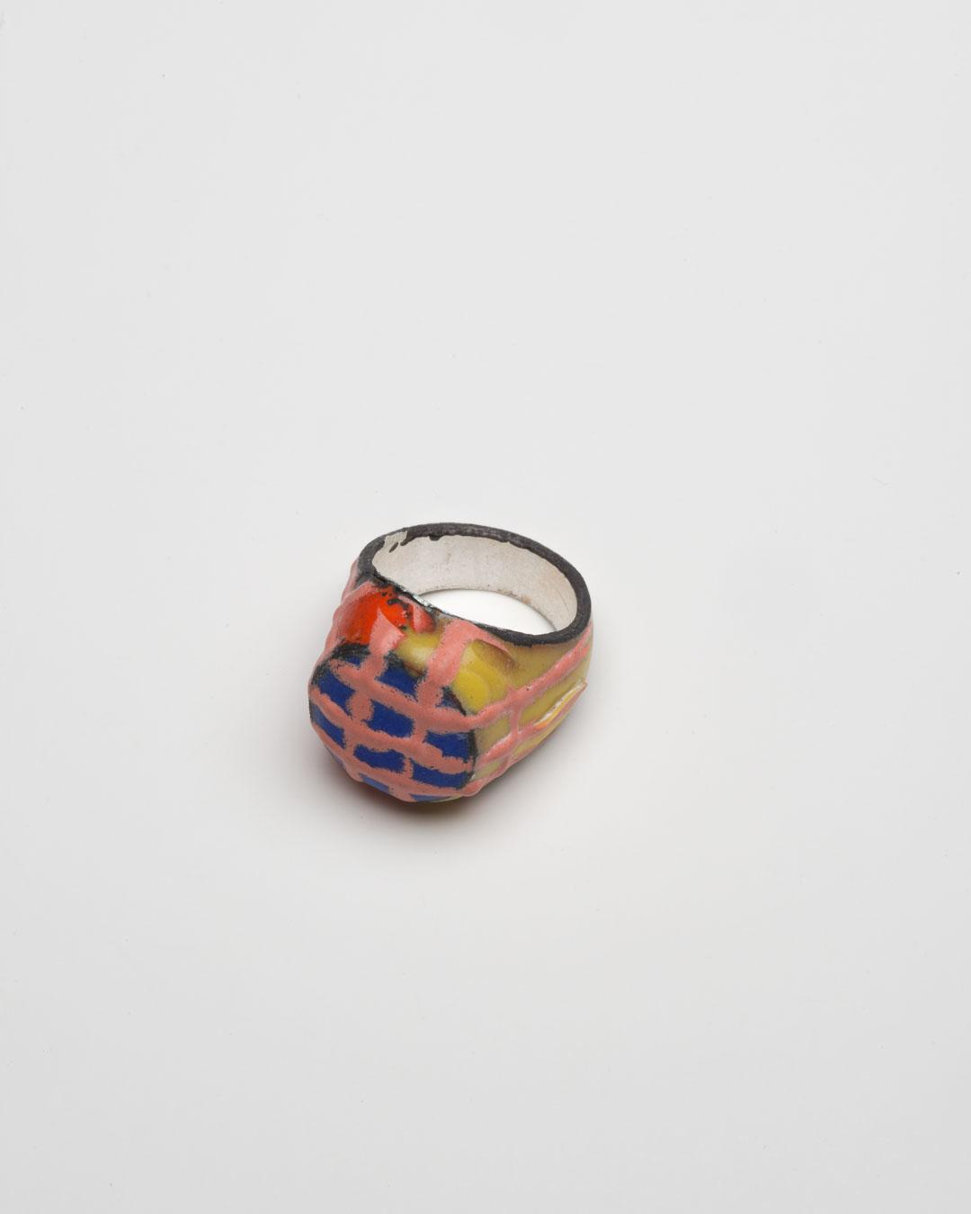 Aaron Decker, Magicring, 2018, ring; enamel, copper, silver, €1000