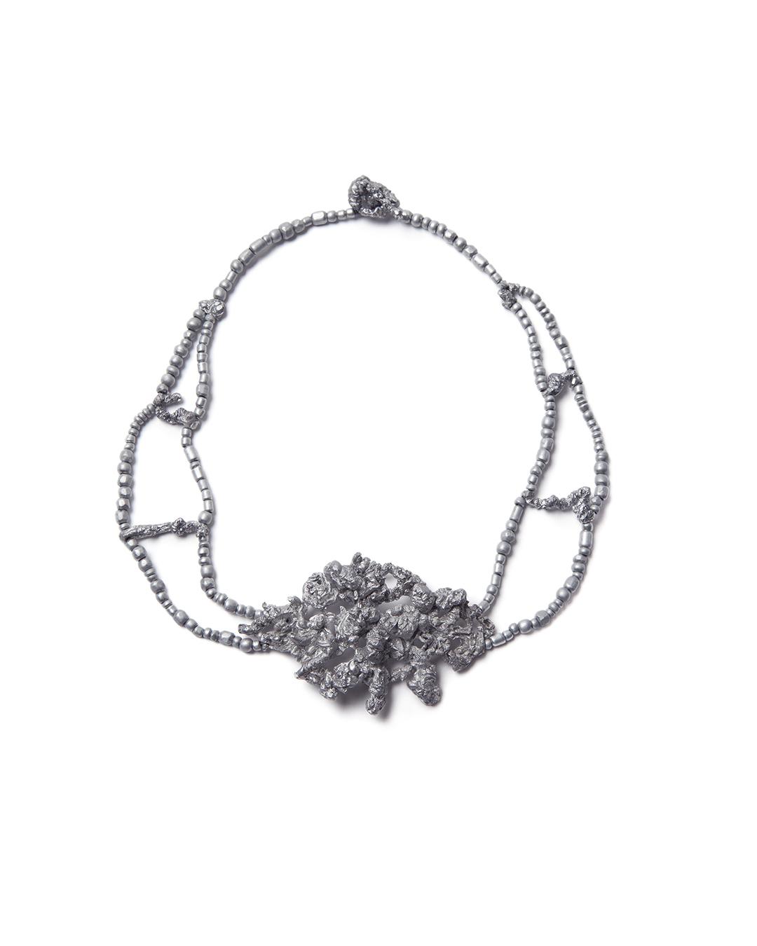 Barbara Schrobenhauser, Ropes I, 2015, necklace; aluminium, string, L 420; element 70 x 35 x 14 mm, €1575