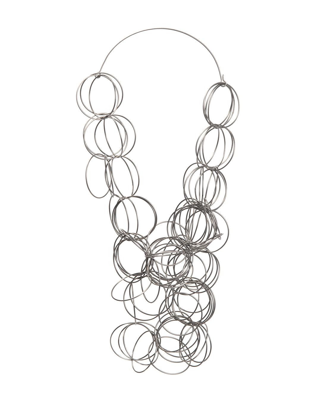 Klára Chrudinová, Circles, 2012, necklace; titanium, 410 x 240 x 5 mm