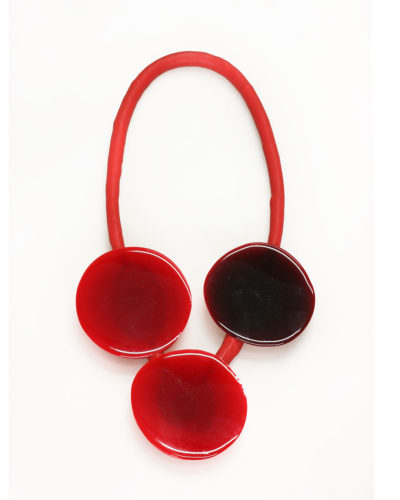 Ela Bauer, necklace, 2017, resin, pigment, silicone rubber, 335 x 175 x 20 mm, €920