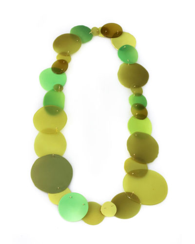 Ela Bauer, necklace, 2020, resin, pigment, 14ct gold, 400 x 200 x 2 mm, €1350