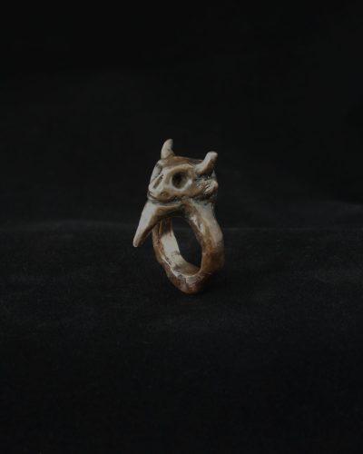 Johan Schalin, Mini Satan, 2020 ring; bronze 45 x 30 x 26 mm