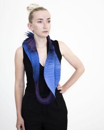 Jade Houben, Butterfly Evolution - Vibroyant, 2020, necklace; polyester, Vliesofix  550 x 220 x 50 mm