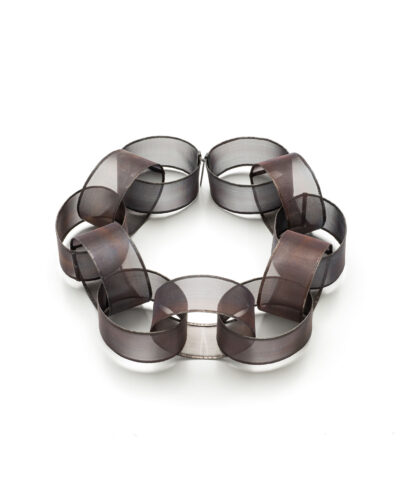 Roberta Consalvo Sanches, ZERO19, 2020, necklace; stainless steel, silver ø 260 mm, H 60 mm