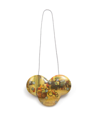 Asako Takahashi, Image, 2020, necklace; wood, paper, lacquer, pigment, string 125 x 350 x 10 mm