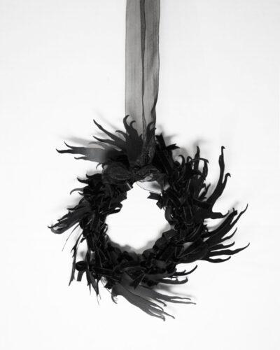Yuxin  Long, The Witness 1, 2019, pendant; aluminium, ribbon, thread 207 x 191 x 73 mm