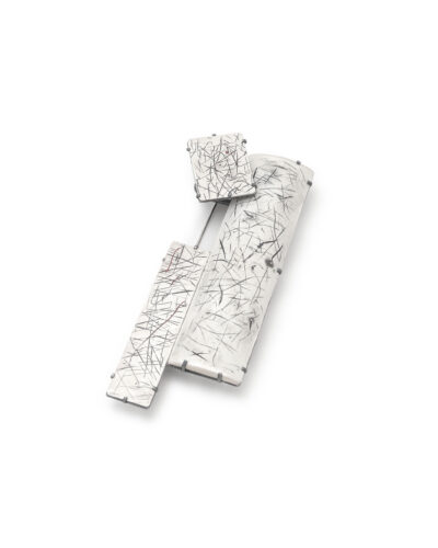 Min Jae Eom, Trace and Month Series 1, 2020, brooch; fine silver 95 x 40 x 15 mm