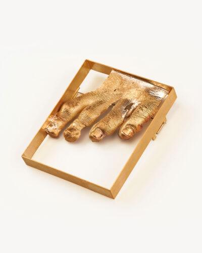 JiHyun Choi, Depth Of Wound 1, 2019, brooch; brass 70 x 80 x 6 mm