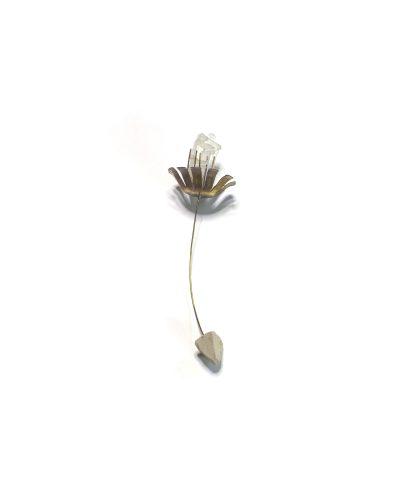 Maja Verhulst, Wild Flowers and Urban Trash - Trash Flower 11, 2020, earring; waste, brass, clay 120 x 40 x 40 mm