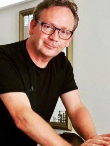 Bas van Der Werf Massage