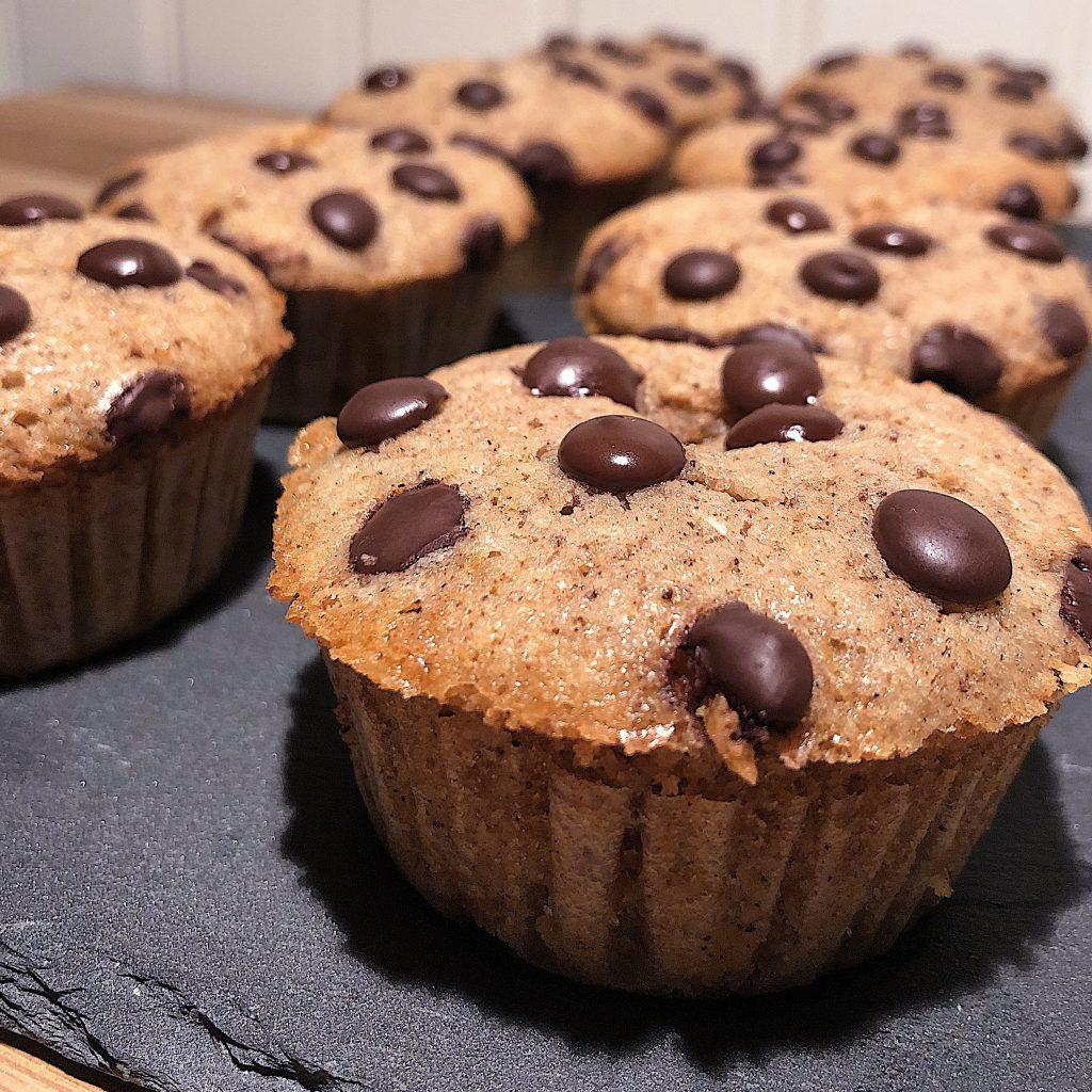 Pepparkaksmuffins med kolagömma och choklad