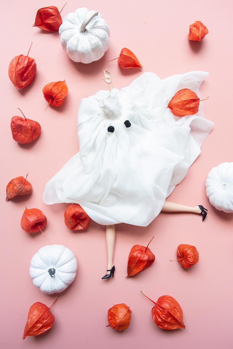 Mise en scène photographique réalisée sur le thème d'Halloween par la Visual Storyteller Mathilde Troussard