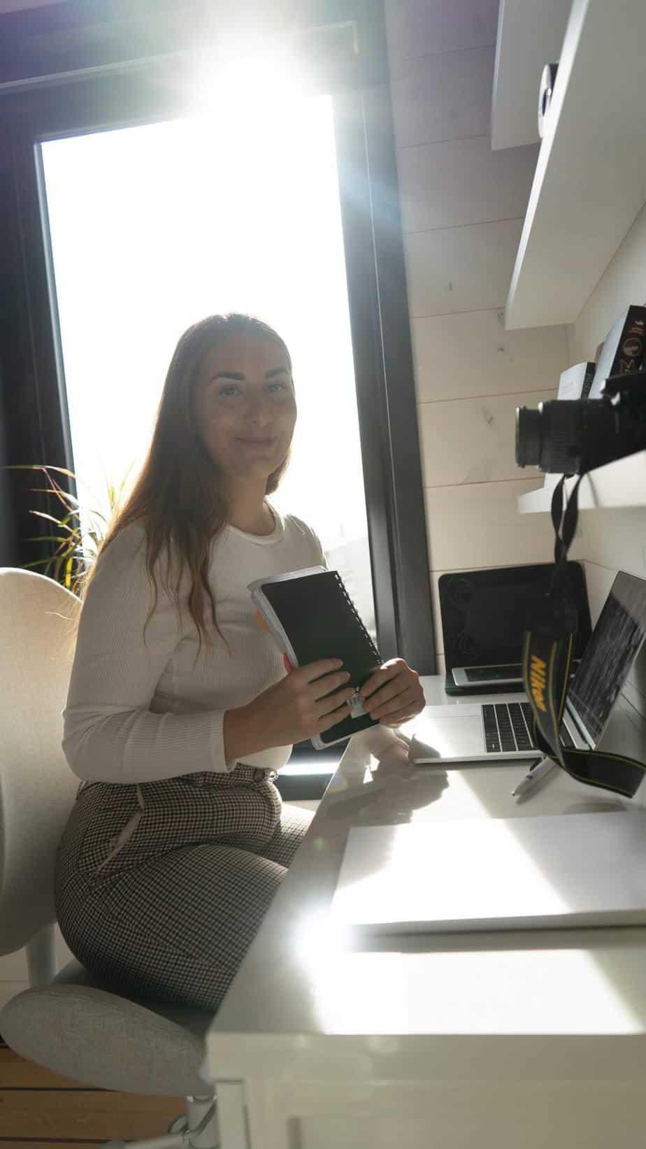 Nadja Addforsen från MediaTime i Strömstad hjälper dig med Marknadsföring
