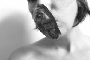Meike Janssens - art project ceramics - Searching