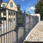 iron-fence-photo