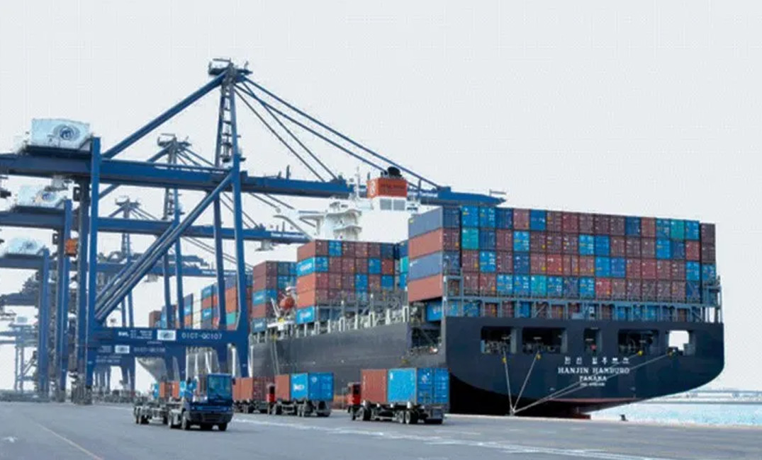 Sohar Port is among 20 global ports in the Global Ports Climate Initiative