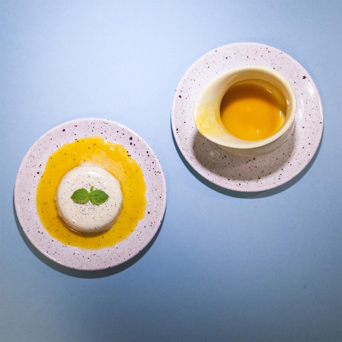 pannacotta med pasjonsfruktsirup