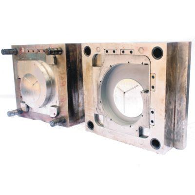 Spuitgietmatrijs voor spuitgietn van een ventilatorbehuizing