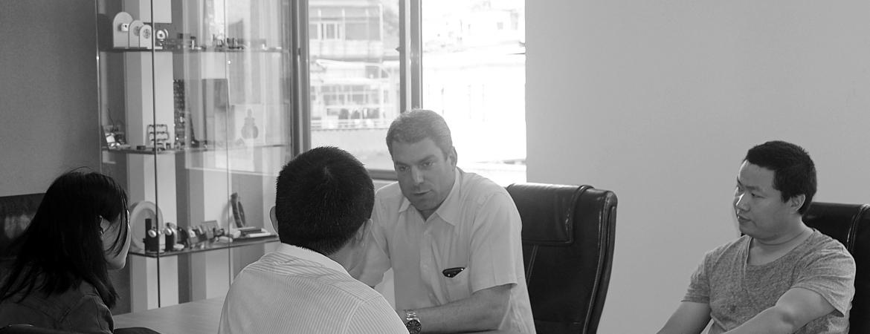 Een vergadering in onze meeting room in China