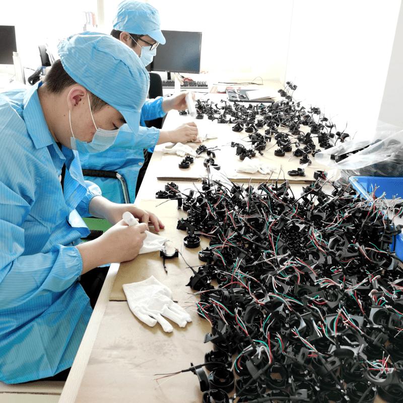 Samenbouwen van mechanische en elektronische producten