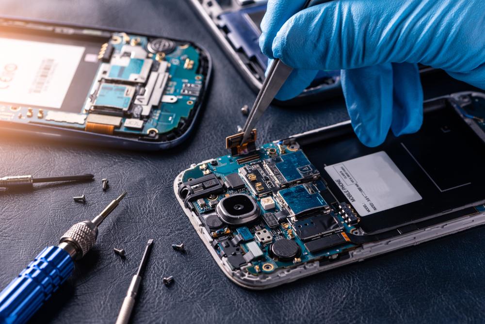byta batteri mobil Brandbergen