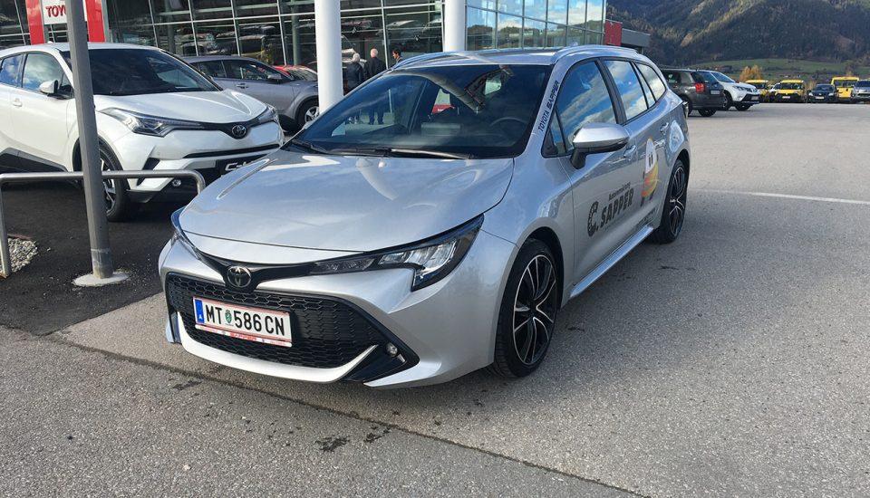 Toyota Corolla 1,2 Benzin 5-Türer KOMBI silber