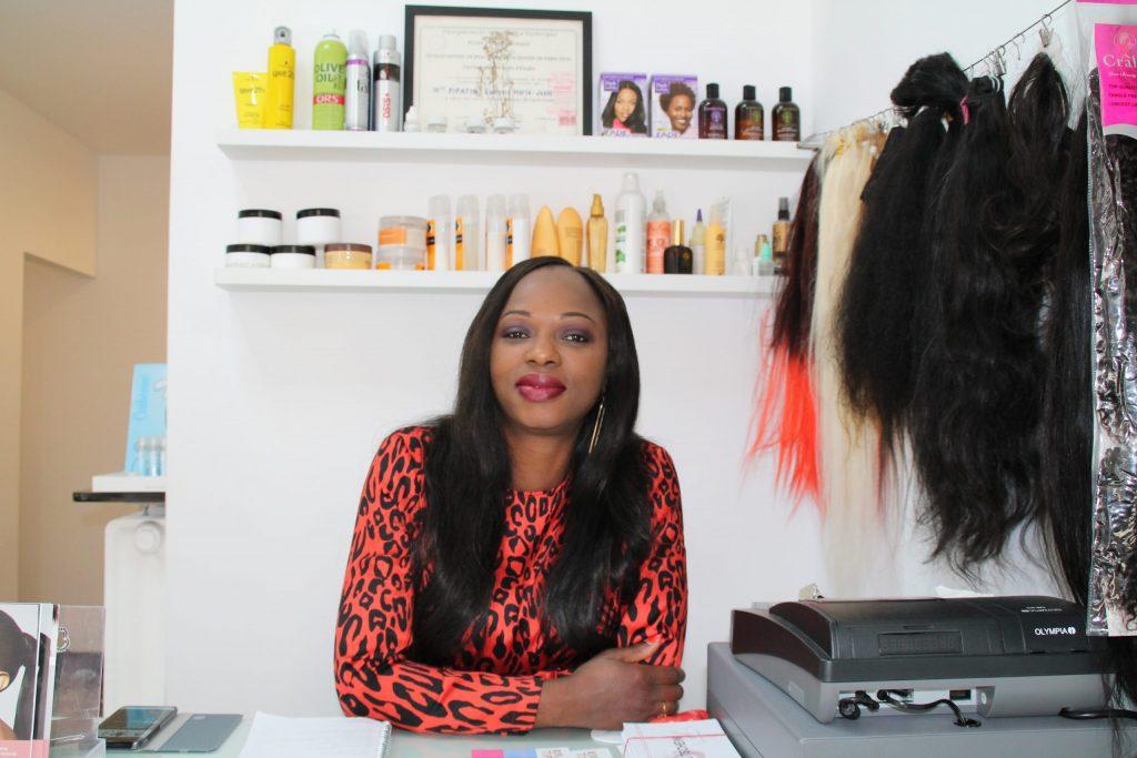 Laurence in ihrem Beauty Salon in Düsseldorf. Gründung 2018. Bei ActNow seit 2019