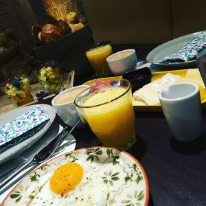 ontbijt koffiehuis milk 'n sugar