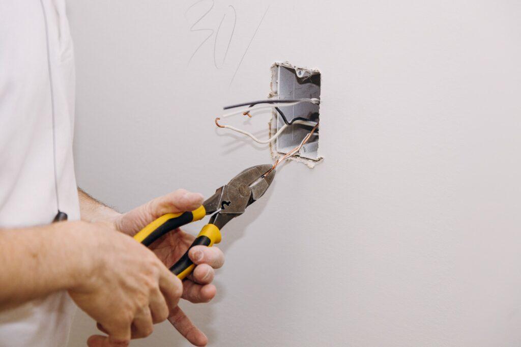 El-renovering - sådan fungerer udskiftning af el i praktisk