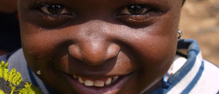 Liefdadigheid / Charity Project kenya - smiling kid