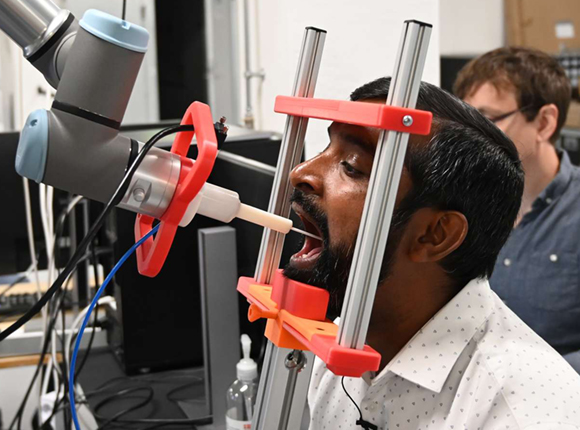 Robot fra SDU kan pode patienter for covid-19