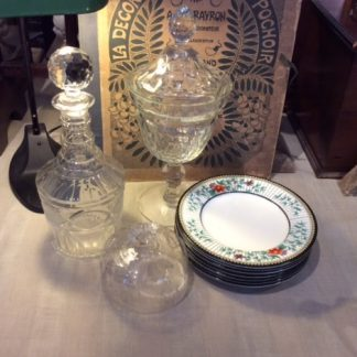oude en antieke karaffen, glaswerk en porselein