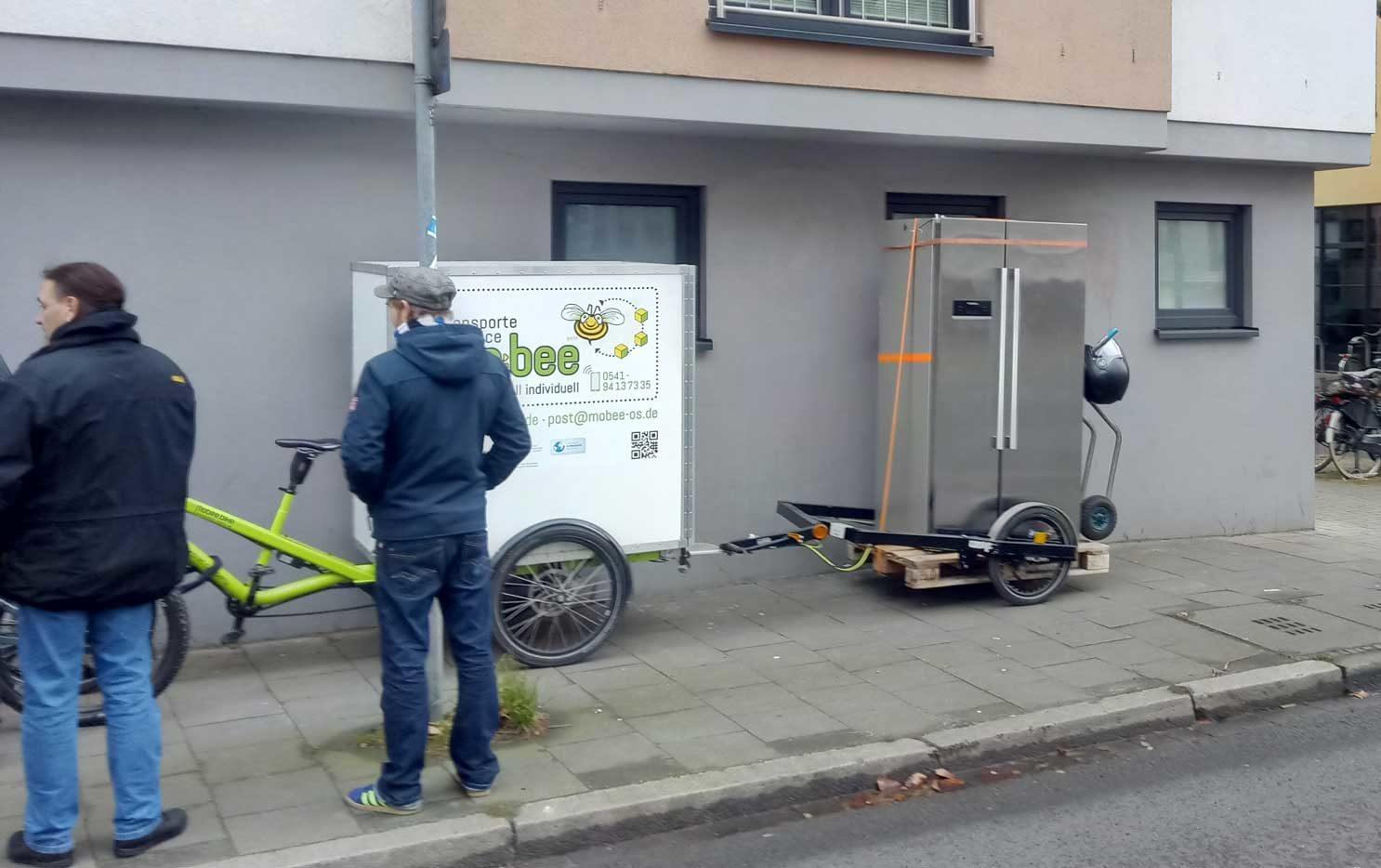 Ümzüge mit dem Lastenrad sind praktisch – wir fahren direkt vor die Tür