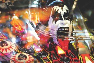 DJ spielt die Musik die Sie hören wollen. Hierzu gehört auch die Rockmusik.
